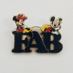 Disney FAB Pin Mickey Minni Mouse